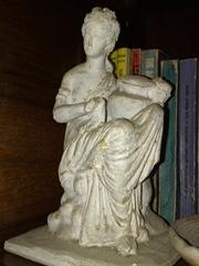 Statueta grecia antica