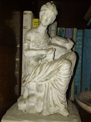 Statueta grecia antica facuta de Olga Chirila