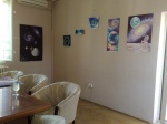 Eva Cosmica, Privind Pamantul Ia cafeneaua Home Cafe