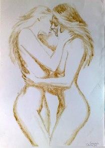 Doua fete care se saruta pictura facuta cu cafea