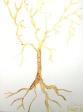 Copac cu figuri ascunse pictat cu cafea